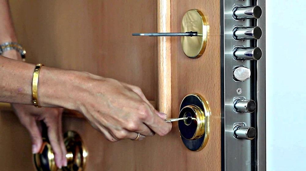 cerrajero en bilbao urgentes abrir puertas aperturas 24 horas